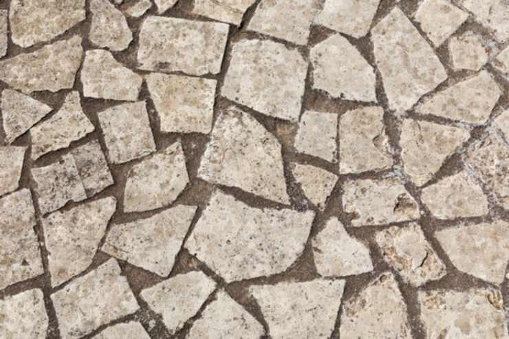 Come pulire in maniera ottimale i pavimenti esterni in gres