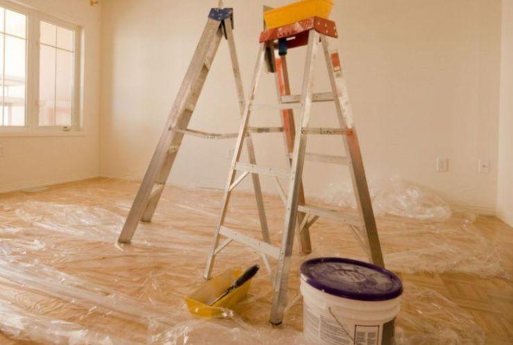 imbiancare le pareti di casa