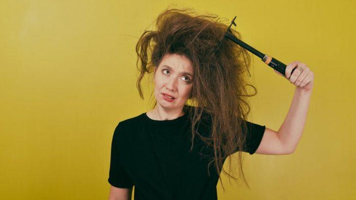 nodi capelli scioglierli