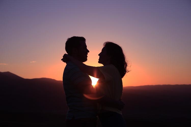 capire se un uomo si sta innamorando