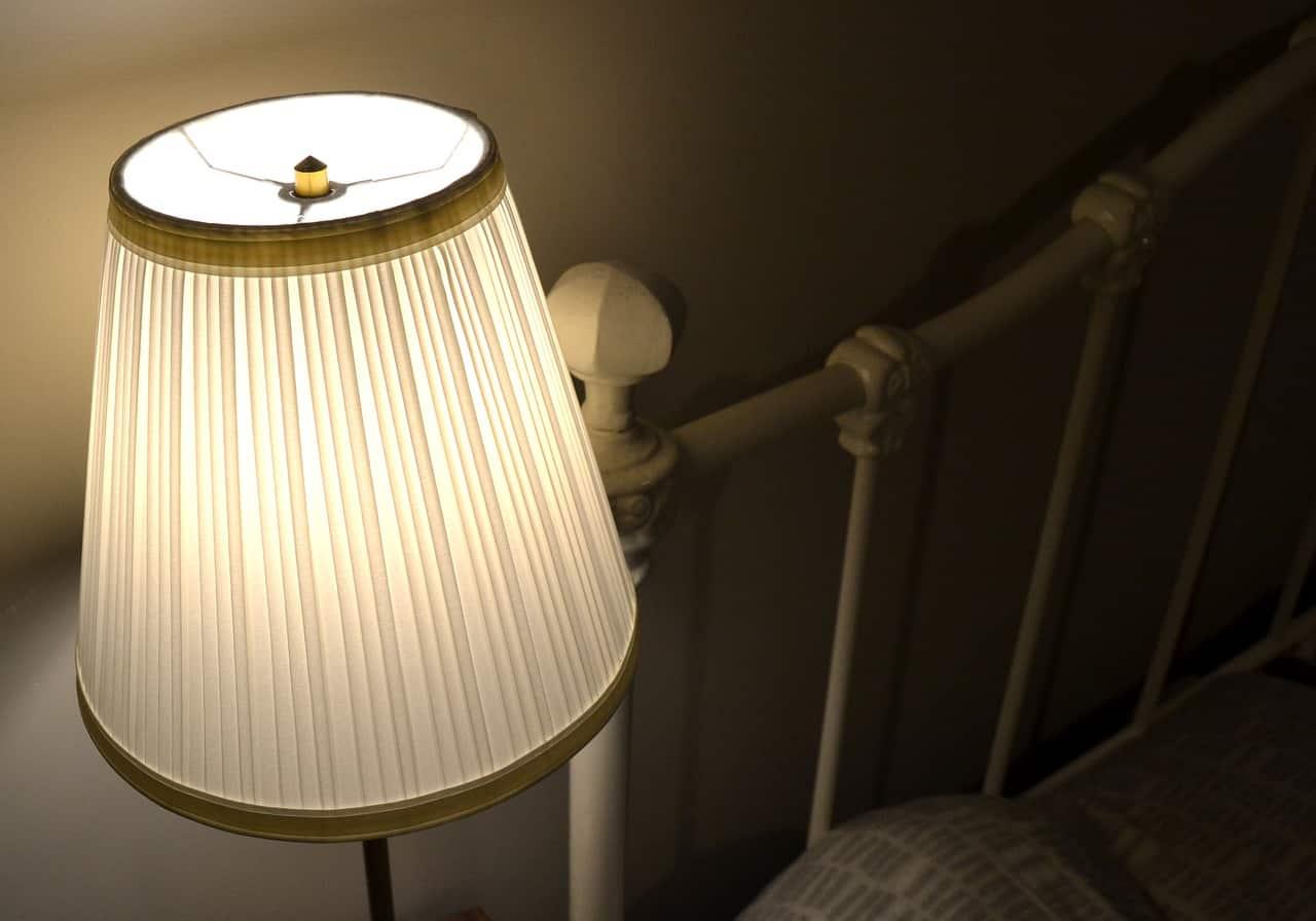 come pulire lampadari tessuto