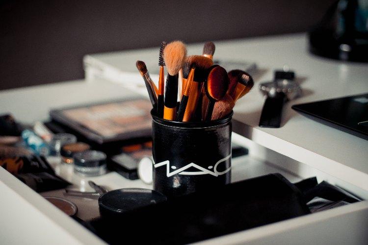 make-up per un viso magro