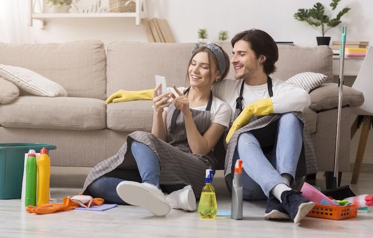 lavori domestici in coppia