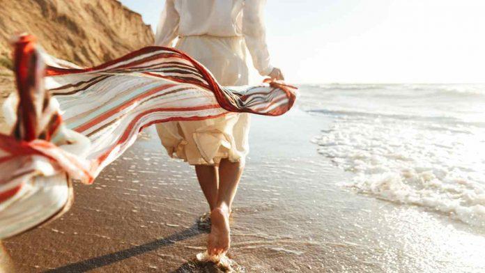 Passeggiare in spiaggia