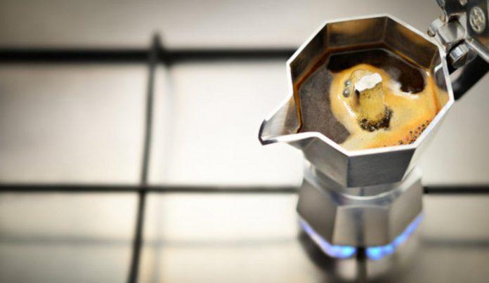 Perchè la macchinetta del caffè scoppia