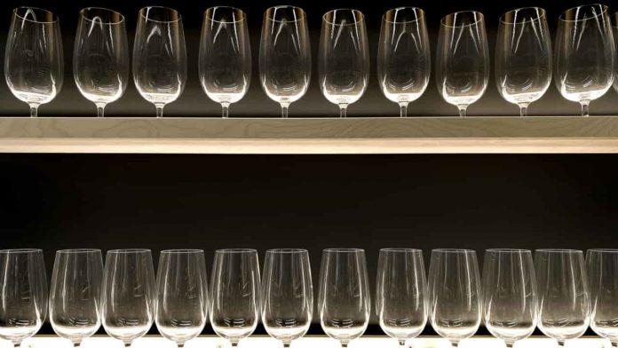 bicchieri casa ordine