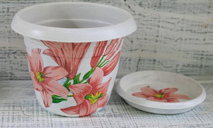 decorare vasi découpage
