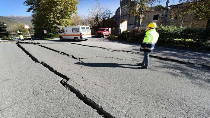 Terremoto: i comportamenti da adottare quando si verifica