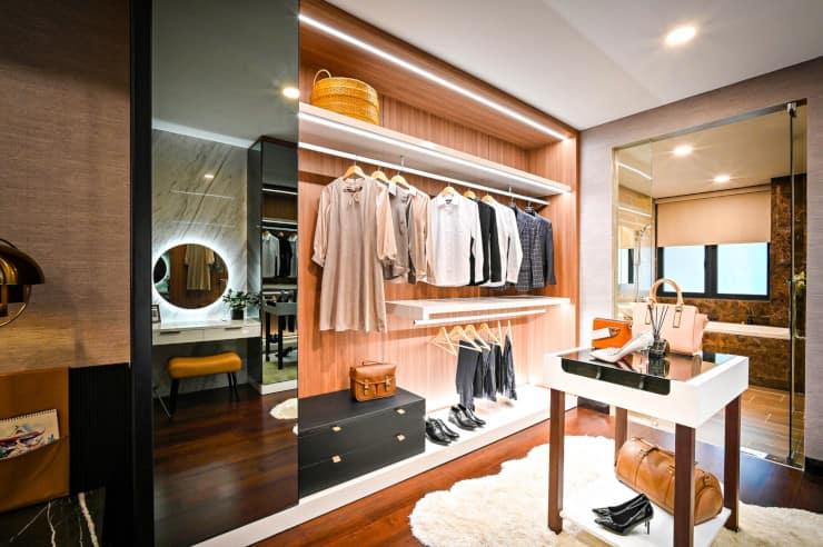 specchio anta armadio