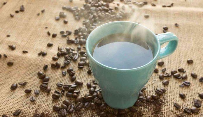 Preparare in casa il caffè americano