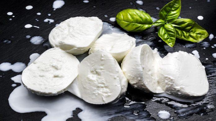 Mozzarella: come riconoscerne la qualità