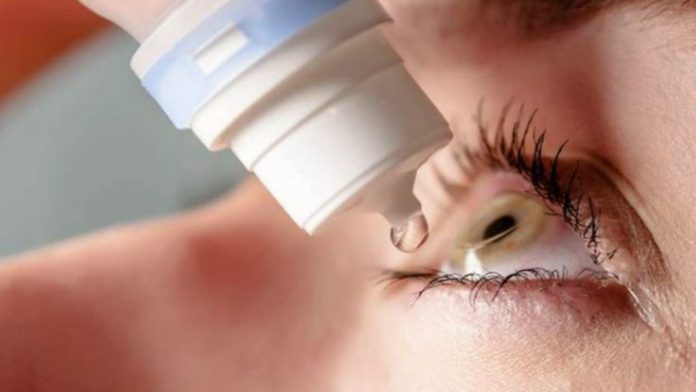 Come mettere colliri e pomate oftalmiche: consigli utili