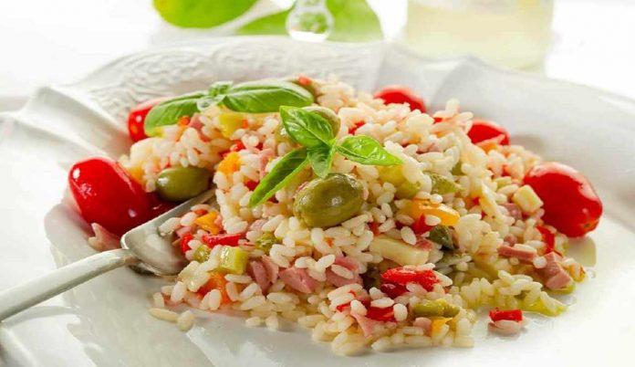 Insalata di riso: come prepararla buonissima per l'estate