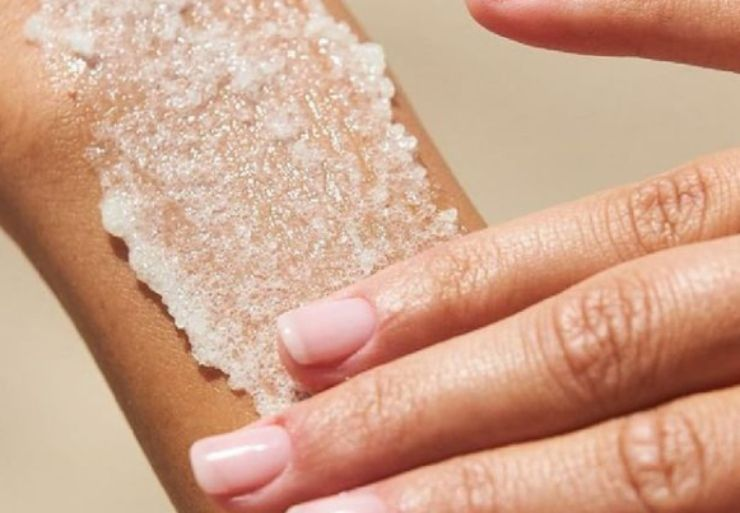 Scrub corpo: 2 ricette fai da te super efficaci