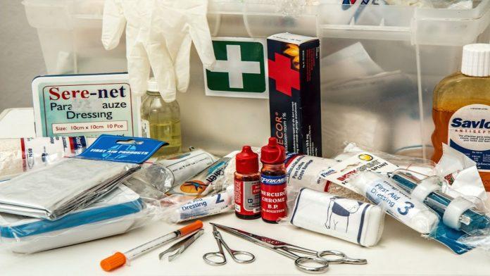 Bambini e norme di pronto soccorso: come comportarsi in caso di piccoli incidenti