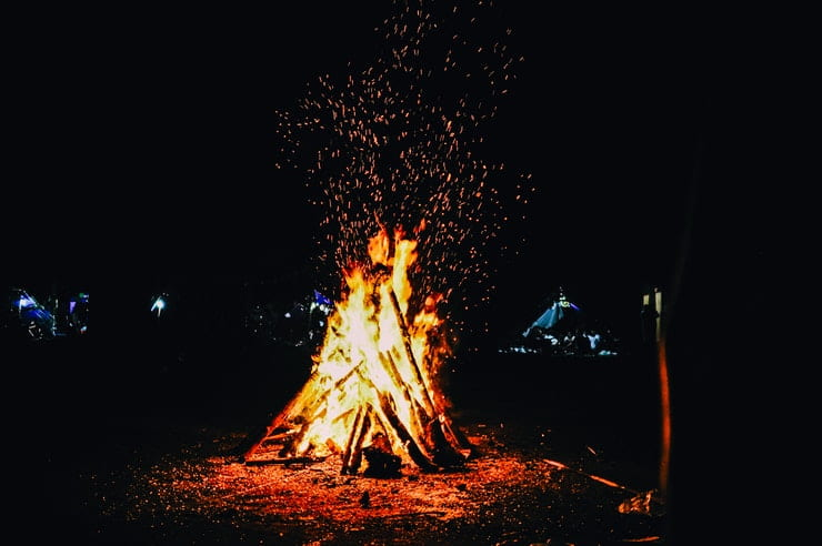 accendere fuoco campeggio
