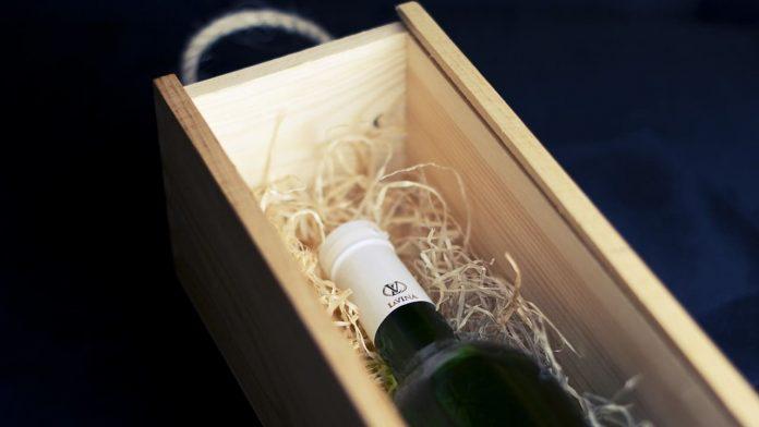 scatola legno vino riciclarla