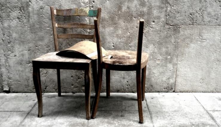 sedia rotta come ripararla