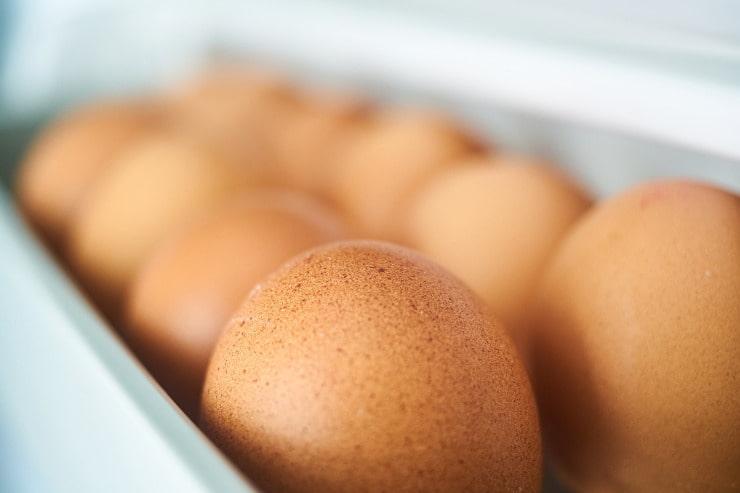 conservare uova frigorifero