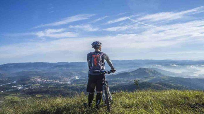 La tecnica per andare in mountain bike: dai freni alla postura