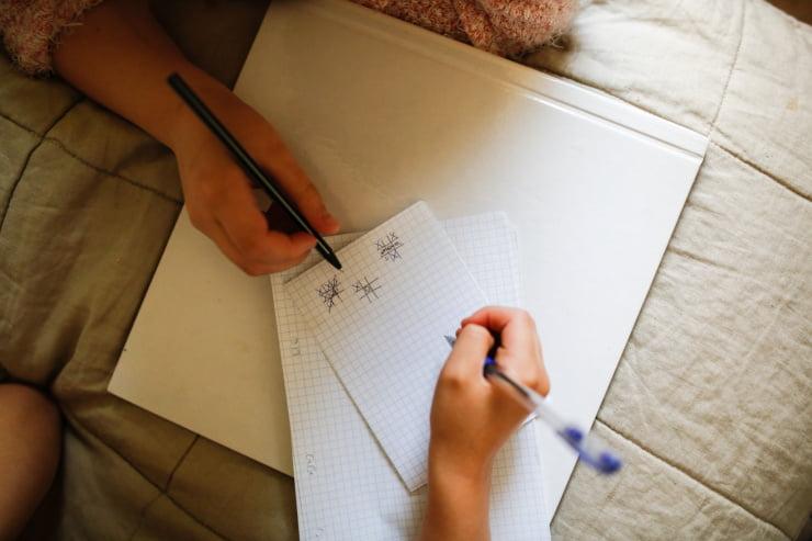 giochi carta penna bambini