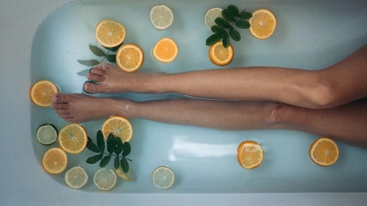 prurito gambe metodi naturali