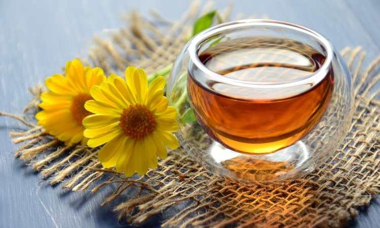 acqua tiuepida e miele